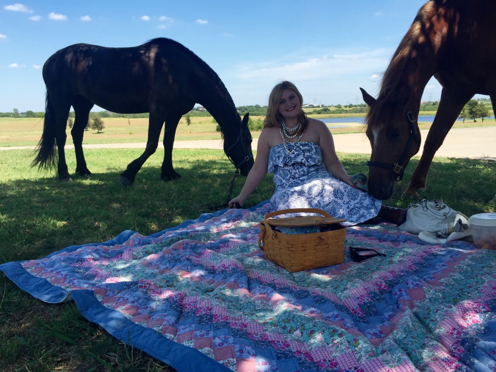 The Rose Table Horse Picnic