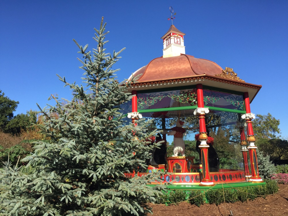 The 12 Days of Christmas at Dallas Arboretum | The Rose Table