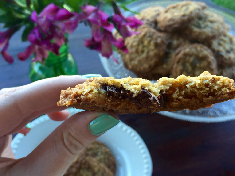 Oatmeal Chocolate Chip Coconut Cookies with Hawaiian Sea Salt | The Rose Table
