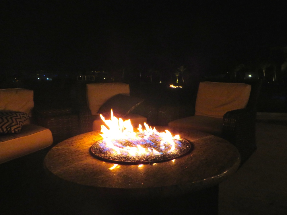 Blue Haven Resort Fire and Ice Review   The Rose Table