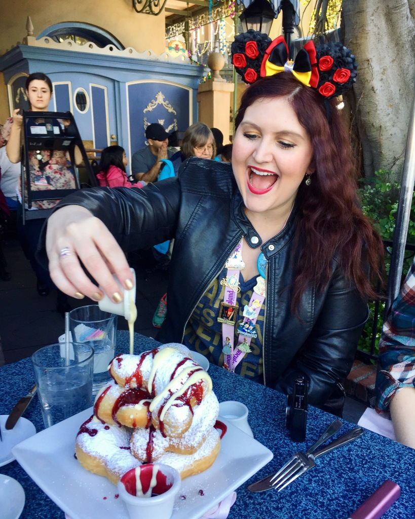 Cafe Orleans Disneyland Review | The Rose Table