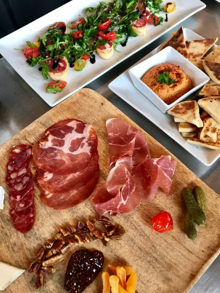 Checkered Past Winery Review, Wine Bar Dallas